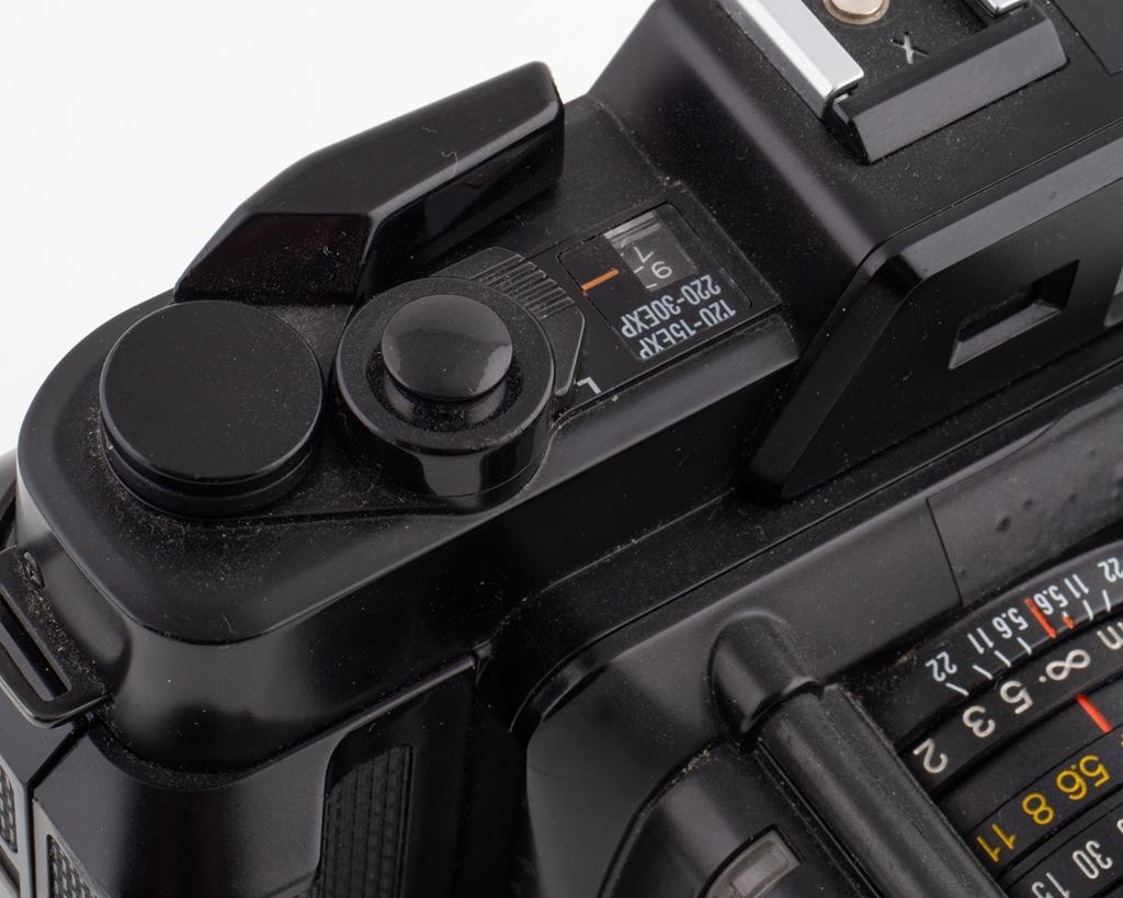 Kombinerad trådlös QI laddare & väckarklocka med LED skärm. Ord. pris 499 kr, ditt pris 199 kr