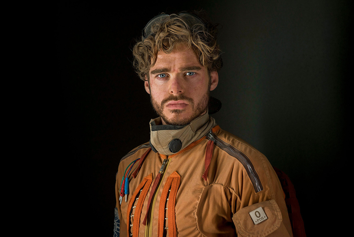 chris-raphael-sony-alpha-7RII-actor-dressed-as-pilot-poses-for-the-camera.jpg